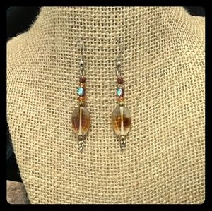 Jewelry - Brown drop earrings